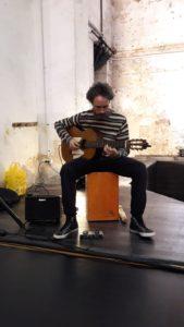 Música en directe a càrrec del Pedro