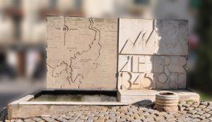 monument-a-la-llumpeqret